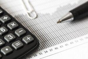 Calculadora y factura de electricidad